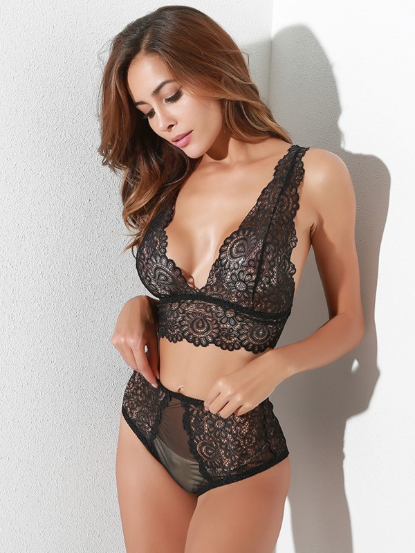 Секси дантелено бельо Hollow Out Lace Lingerie Set